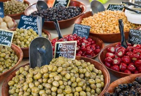 Jour de marché dans le Luberon