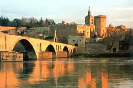 Avignon, la Belle provençale